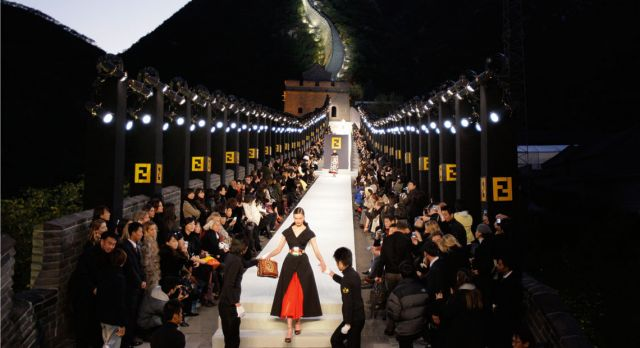 Karl Lagerfeld chose the Great Wall of China as the setting for Fendi's 2008 spring show. Photo: TT
