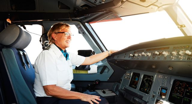 Flight Captain Susanne Ryhl in SAS is answering your questions. Foto: Mikkel Jul Hvilshøj