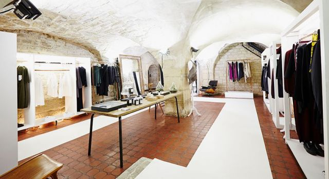 Nadine is a partner in the concept of Coïncidence, a hip concept boutique located in the trendy  Haut-Marais.