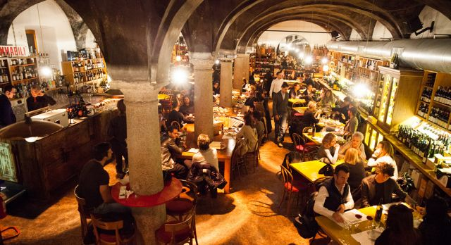 Milano has an abundance of great restaurants, like N'Ombra de Vin. Photo: Magnus Glans