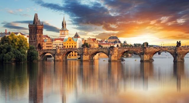 Charles Bridge Photo: Shutterstock