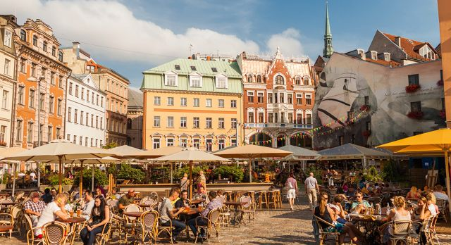 Dome Square is the largest square in Riga and its cafés and restaurants are surrounded by beautiful old buildings.