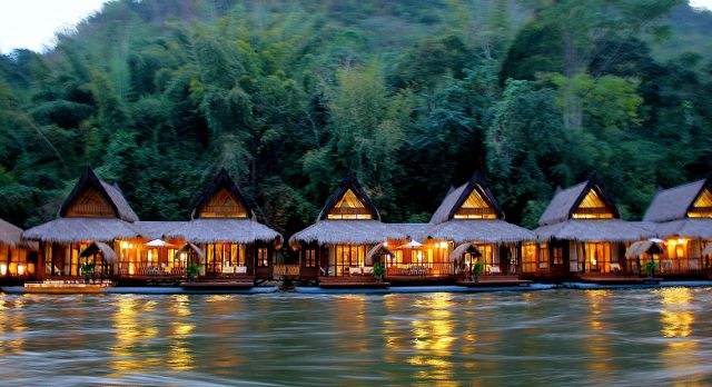 The Float House River Kwai i Thailand.