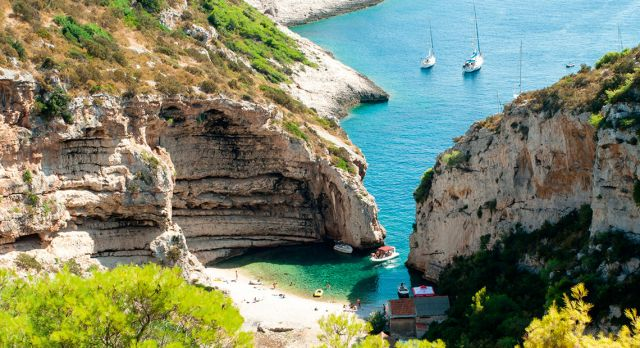 Explore the Croatian archipelago by boat and find your own secluded beach.