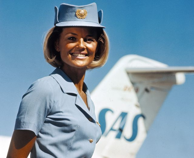 Flight attendant Margaretha Pettersson's summer uniform, designed by Carven in 1967.
