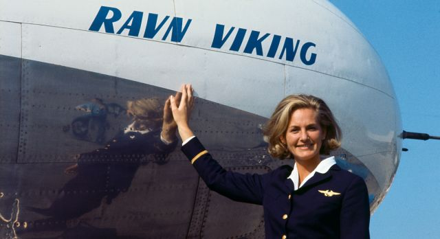 Turi Widerøe - the first female pilot in the Western world. Here in front of SAS Convair OY-KPD, in 1970.
