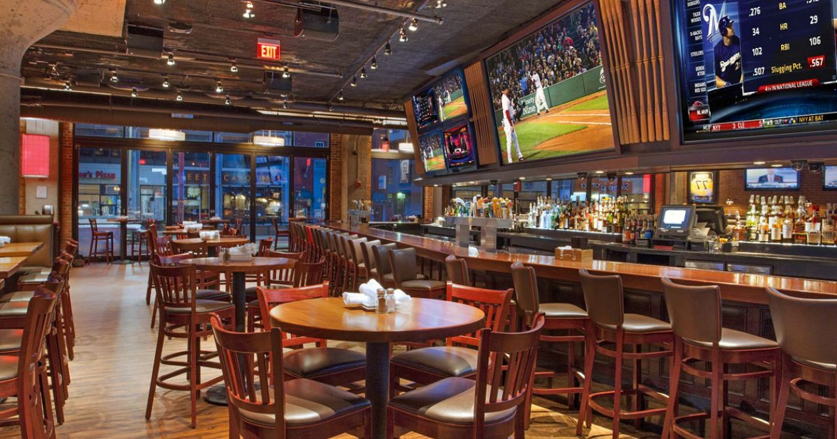6 Great Sports Bars In Boston