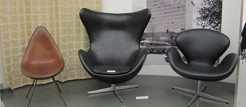 From left: Drop, Egg & Swan chairs. All designed for use in the SAS Royal Hotel. Photo: Fritz Hansen
