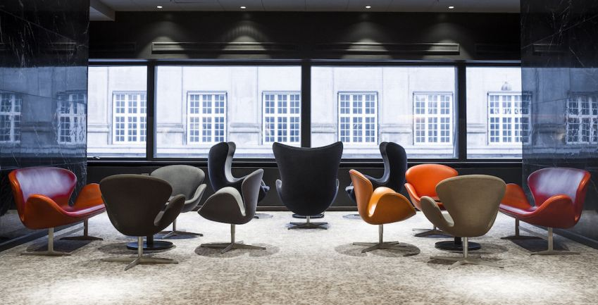 Designer classics with a view in the  meeting area. Photo: Rickard L. Eriksson