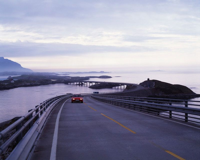 The Atlantic Ocean Road is a beautiful road in Norway. Photo: Frithjof Fure - Visitnorway.com