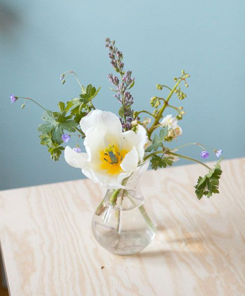 How to make your own bouquet of wild flowers for A lot of different flowers make a bouquet