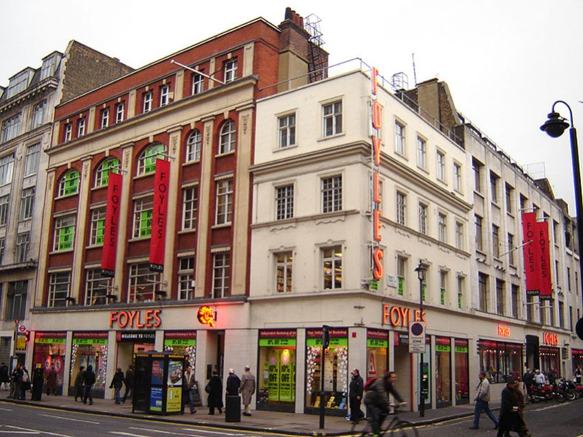 Foyles' flaggskip i Charing Cross Road. Foto: Allover Press