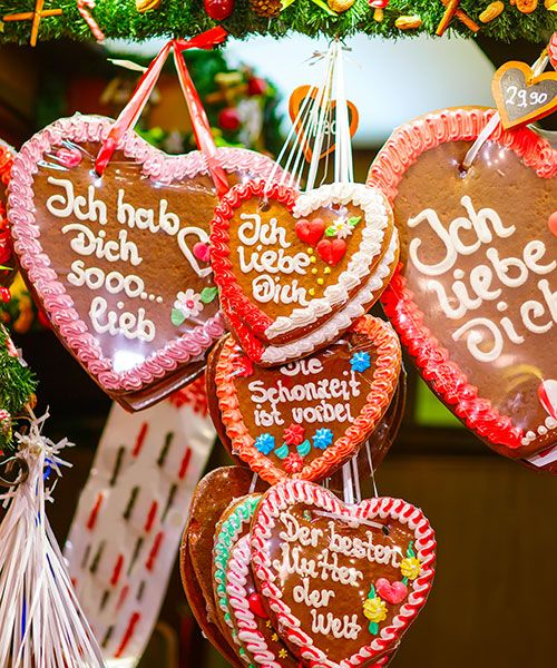 Foods and snacks are popular at the German christmas markets. Photo: Shutterstock