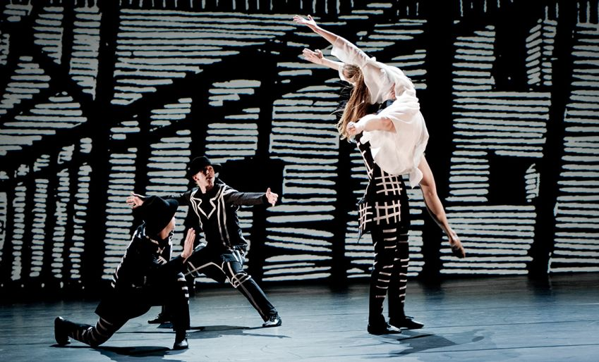 Eurydice is dead was created by Birgit Cullberg in 1968. It is performed here in 2017 as part of the company's 50th anniversary celebrations. Photo: Urban Jörén