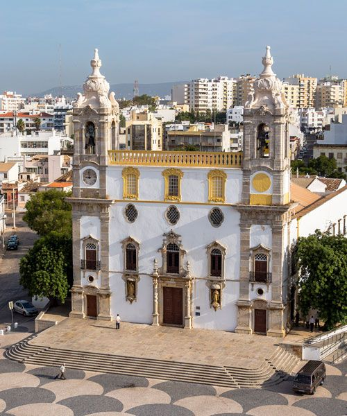 View on Cathedral in Old Town of Faro. Photo: Shutterstock