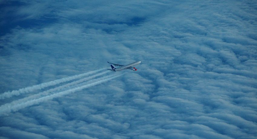 A SAS plane from Beijing, shot from an SAS plane going from Shanghai to Copenhagen. Photo: Björn Lundström