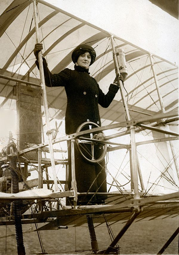 Raymonde de Laroche was the first woman to receive a pilot's license.