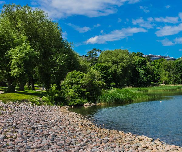 Töölö bay from Hesperia park. Photo: Shutterstock