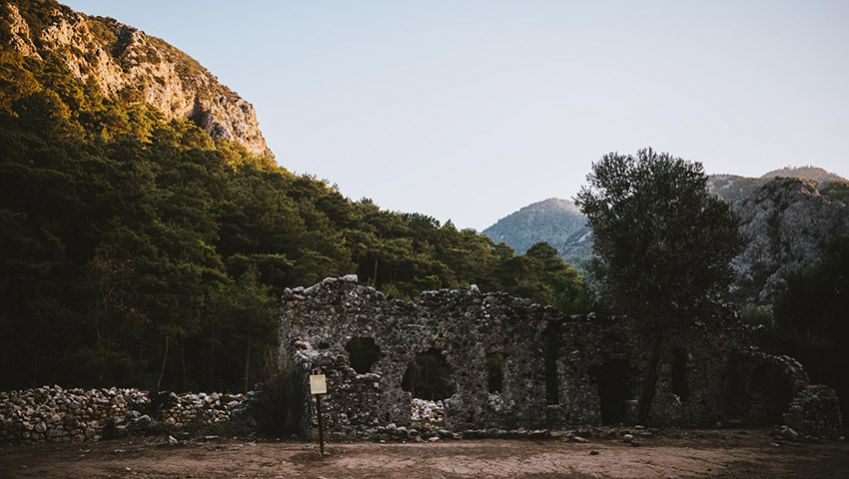 Olympos. Silent ruins today, but 2,000 years ago it was a bustling commercial metropolis. Photo: Kajsa Göransson