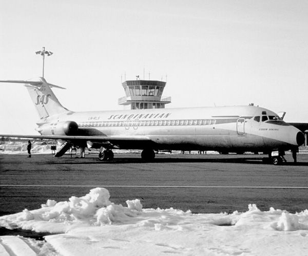 A DC-9-32 leased from Swissair.