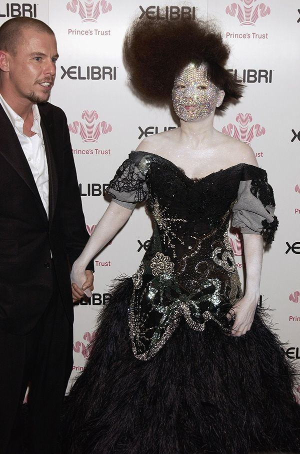 Björk and Alexander McQueen attend 'Fashion Rocks for the Prince's Trust' at the Royal Albert Hall, London, October 2003. Photo: Getty Images