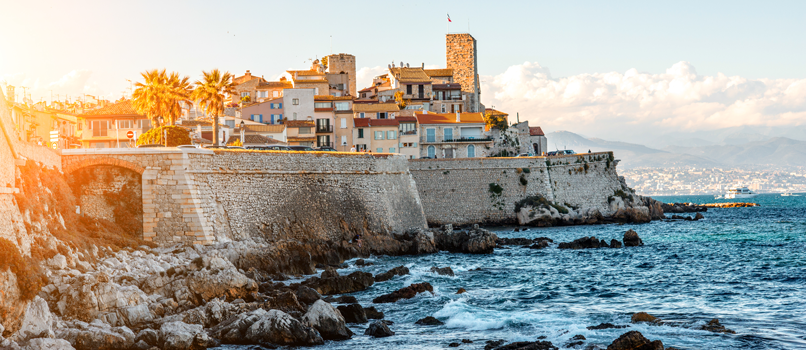 Sunset in Antibes. Photo: Shutterstock