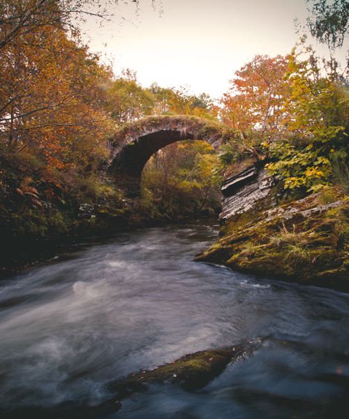 Just a few minutes walk from The Glenlivet Distillery, you will find the Packhorse Bridge which is the oldest surviving structure to cross the River Livet.