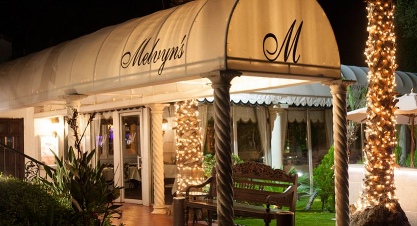 Melvyn's was one of Frank Sinatra's favorite hangouts in Palm Springs. Photo: Brad Torchia
