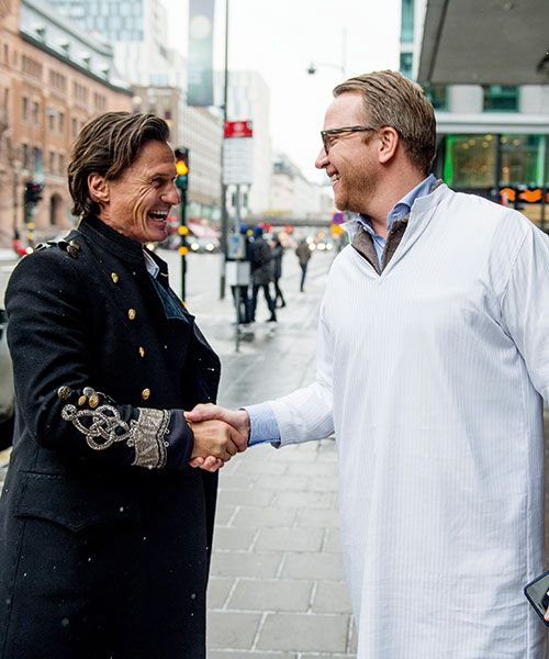 Nordic Light manager David Bergling greets Stordalen on the street, dressed in a nightshirt, before showing him around the renovated hotel. Photo: Magnus Liam Karlsspm
