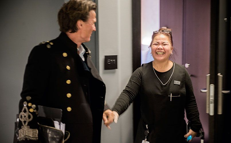 Meeting cleaner Lorna Mantilla at Nordic Light. Photo: Magnus Liam Karlsson
