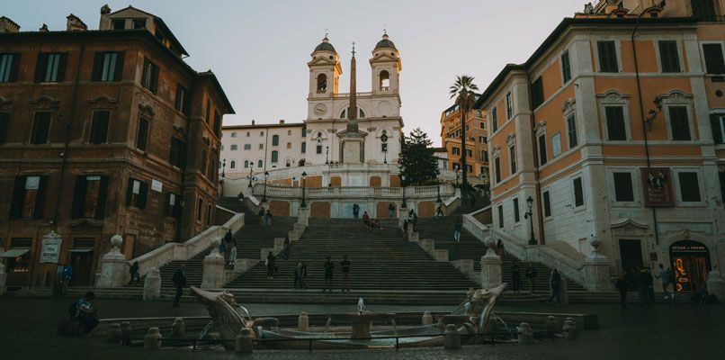 Piazza di Spagna, or the Spanish stairs, is filled with people at daytime – but way more empty in the early mornings. Photo: Chiara Magi