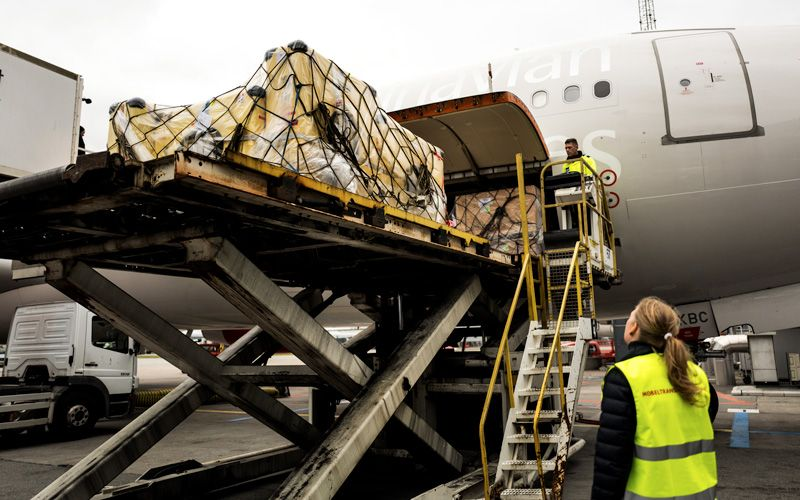 i c rules apply to high-value consignments. An escort is required from a special handling unit and the items are kept separate from other baggage and loads in the cargo hold. Photo: Rasmus Flindt Pedersen