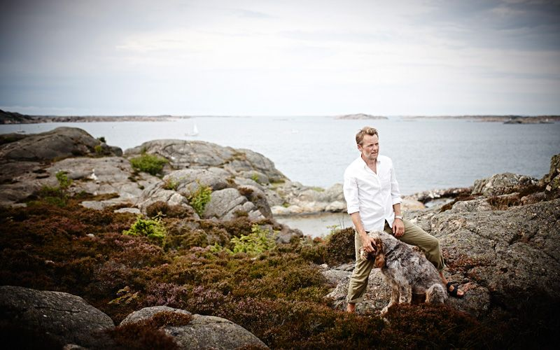 Fredrik Skavlan in the Swedish west coast archipelago where he goes to recharge his batteries. Photo: Geir Dokken