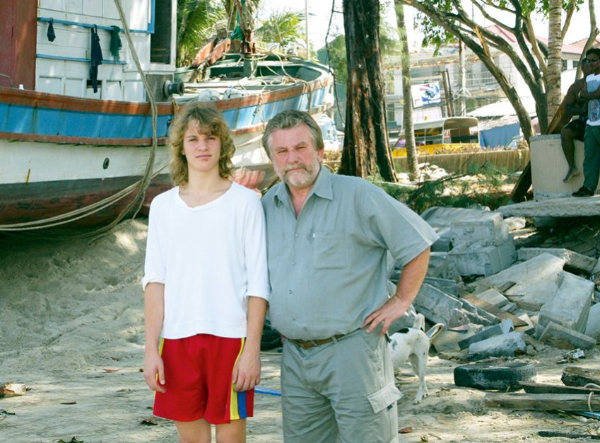 With his son Peter, Thailand 2004. The tsunami destroyed all in its wake. Steinfeld had planned to take his family away for a well-deserved vacation. He ended up being swept into covering yet another world tragedy1990.