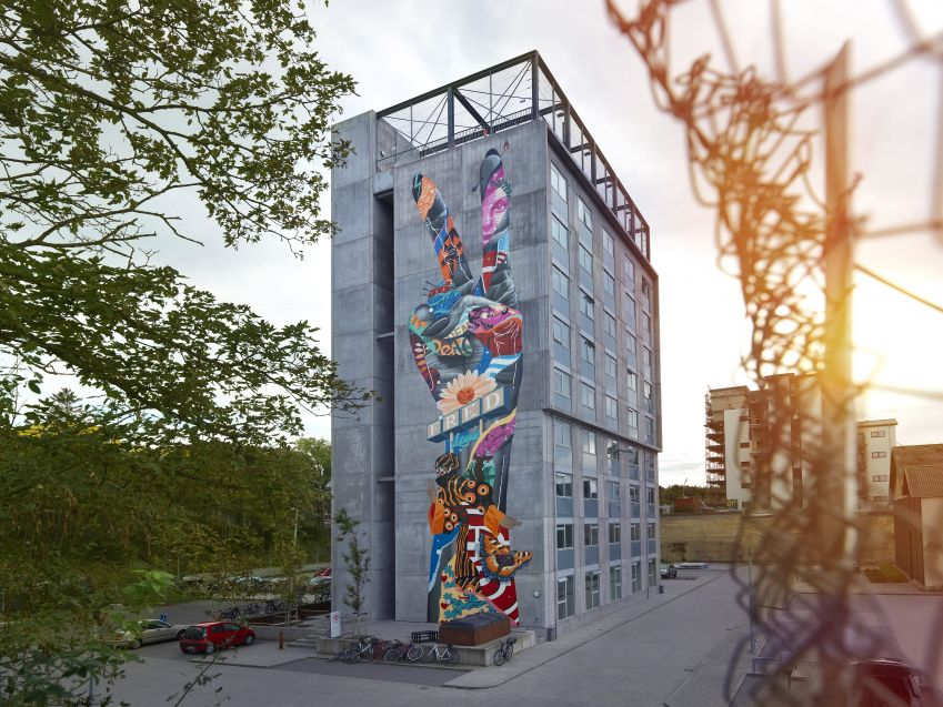 Work from Tristan Eaton, USA. Photo: Allan Toft
