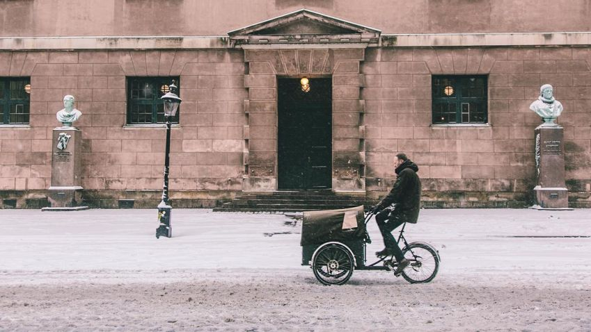 Even in the Copenhagen winter the Christiania bike is useful. Photo: Thomas Høyrup Christensen